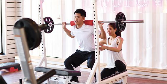 大筋群を中心としたフリーウエイトトレーニングを推奨します